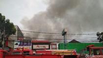 Kebakaran Rumah di Gang Cibunut, Jalan Sunda Bandung Ditutup
