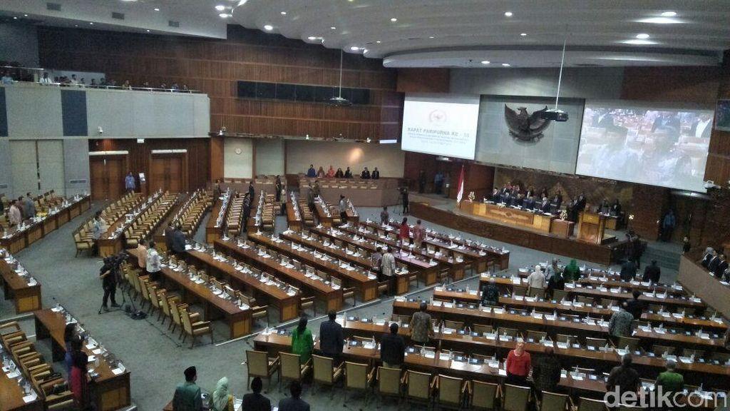 Paripurna Pengesahan APBN 2018, 308 Anggota DPR Absen