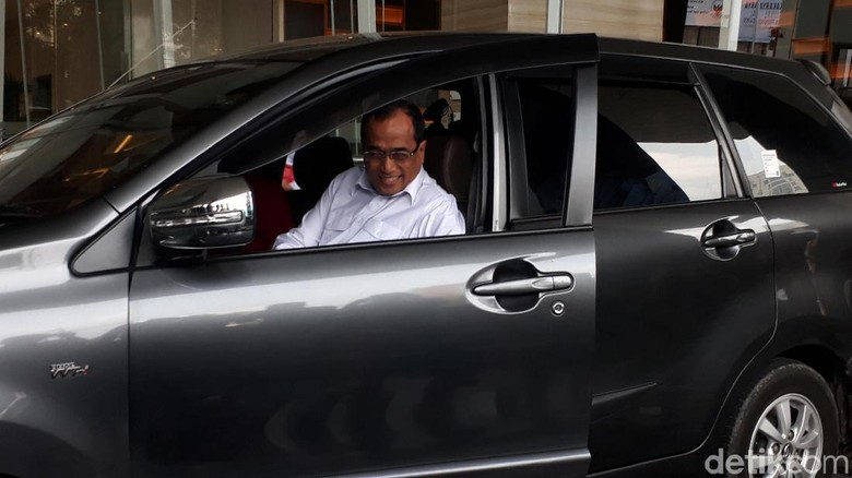 Atur Taksi Online, Menhub: Saya Menolak Monopoli
