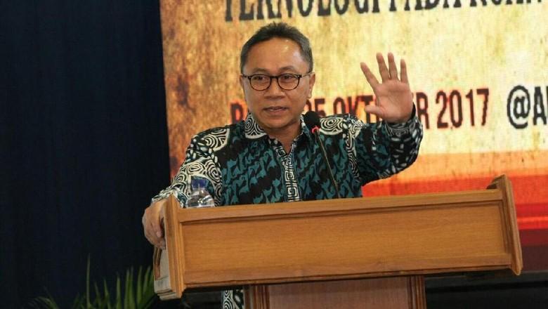 Demokrat Mendekat ke Kasih Karpet - Jakarta Partai Demokrat memperlihatkan sinyal akan mendekat ke Menanggapi hal Ketum PAN Zulkifli Hasan memberi selamat datang kepada