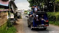 Ini Kata Polisi Garut Soal Pelajar yang Naik Atap Angkutan Desa