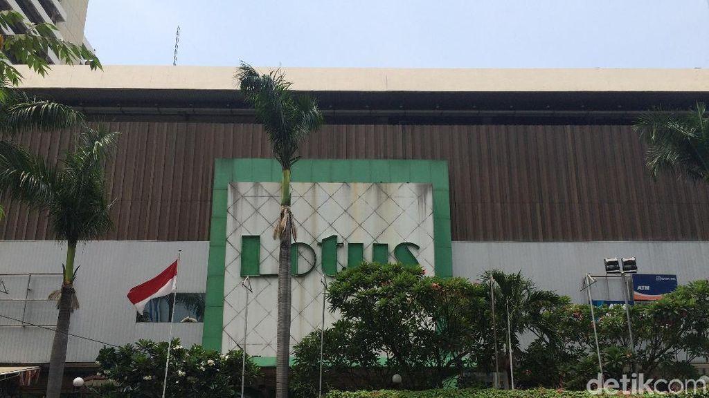 Lotus Thamrin yang Mau Tutup Diserbu Pembeli Hingga Rela Antre