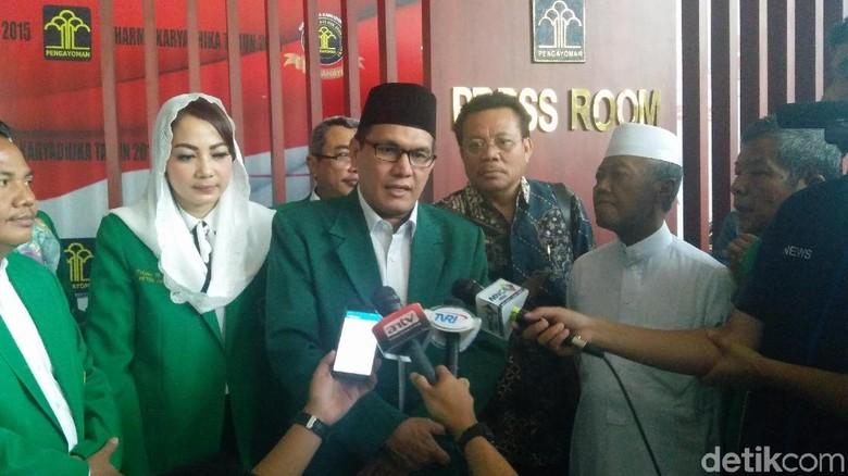 Temui PPP Kubu Ada Peluang - Jakarta Pengurus DPP PPP kubu Djan Faridz menemui Menteri Hukum dan HAM Yasonna Dari pertemuan itu mereka menyebut