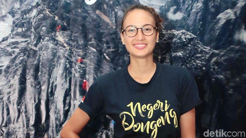 Gandeng Dimas Anggara, Kapan Nadine Chandrawinata Susul Marcel Nikah?
