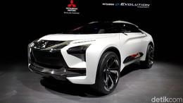 e-Evolution Concept Jadi Bintang di Booth Mitsubishi