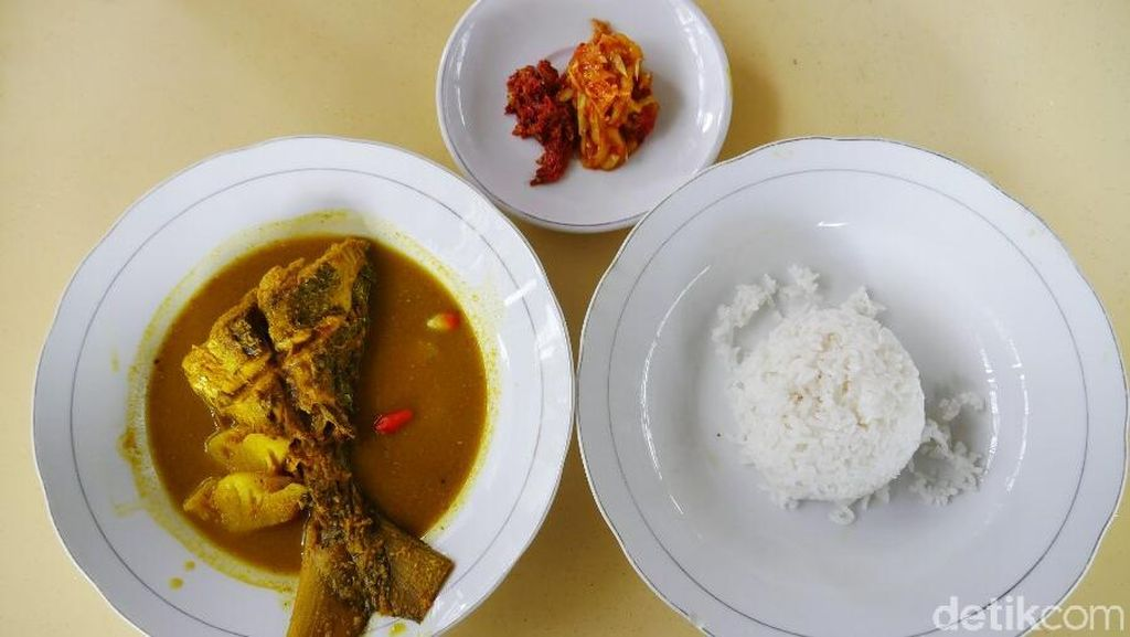 Pedasnya Kuliner Lempah Kuning di Pangkalpinang, Wajib Coba!