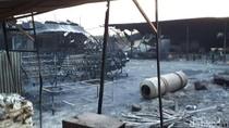 Anggota Brimob Terluka Saat Evakuasi Korban Ledakan Pabrik Petasan