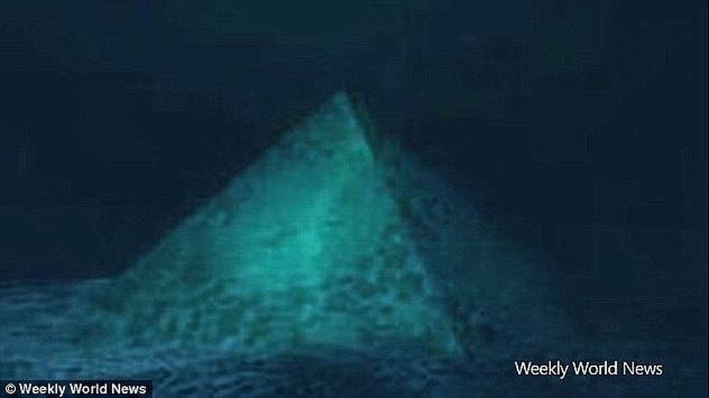 Piramida Bawah Laut ini Diklaim Sebagai Markas Alien