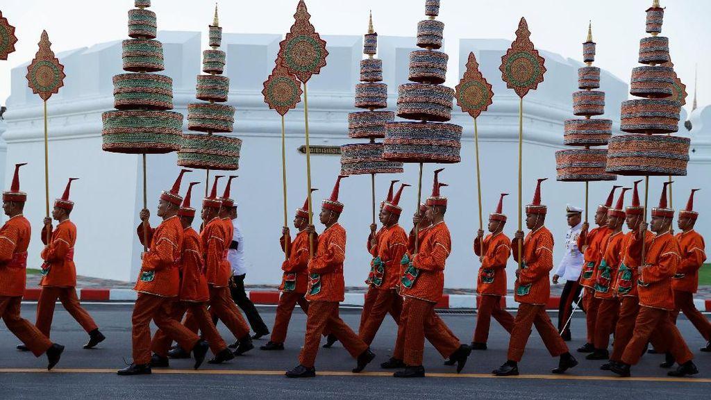 Foto: Sakral, Begini Suasana Kremasi Raja Thailand