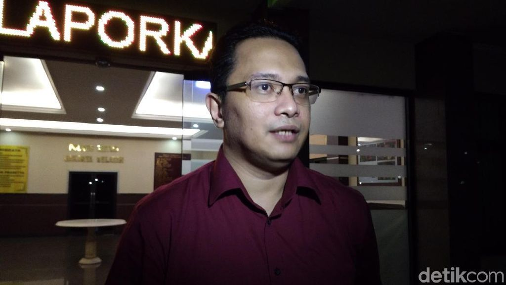 Kasus Cuitan Sarkastis, Pelapor Minta Ahmad Dhani Dicekal