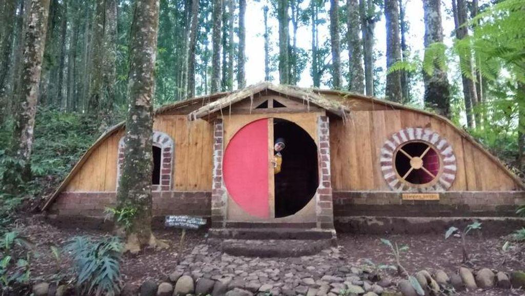 Weekend ke Mana? Purbalingga Punya Kampung Hobbit