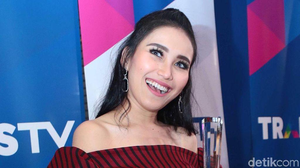 Kue Ayu Ting Ting hingga Kedai Kerang dan Kepiting Murah di Jakarta