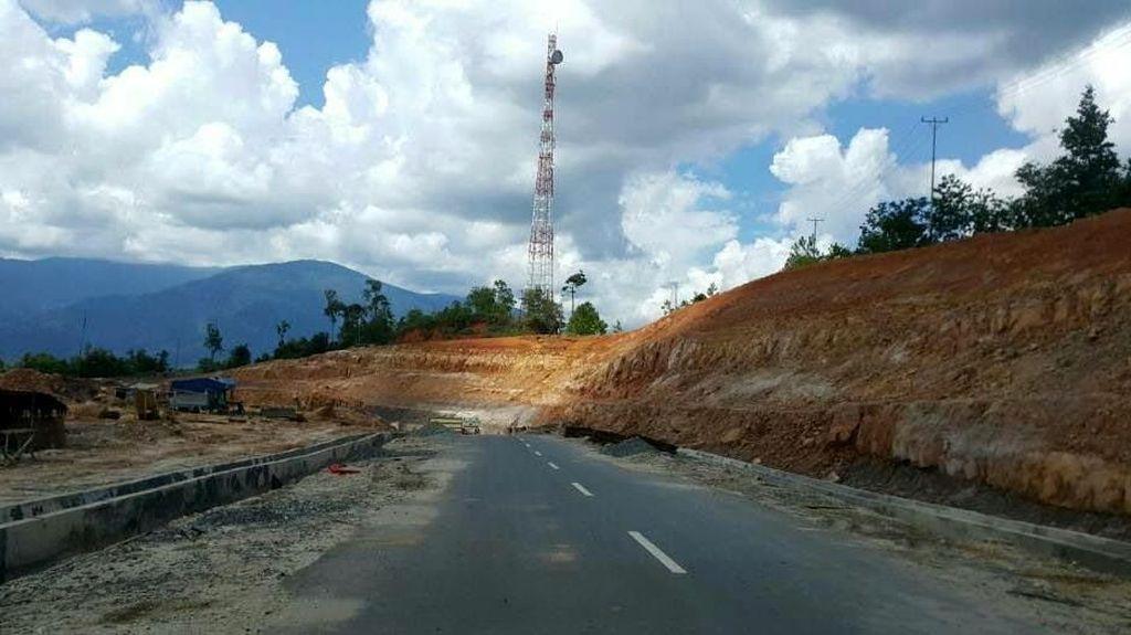 1.920 Km Jalan Perbatasan Kalimantan akan Rampung 2019