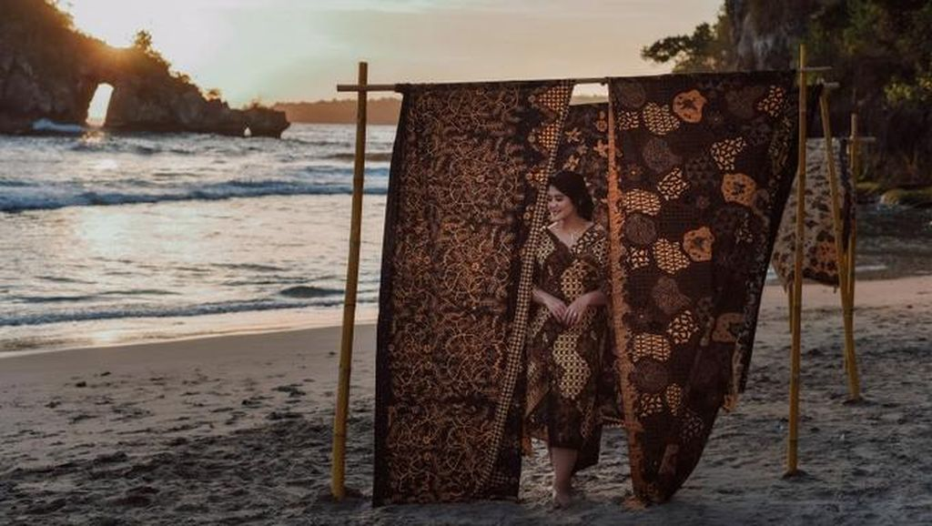 Terungkap Dua Gaya Riasan Jawa untuk Kahiyang Ayu di Pernikahannya