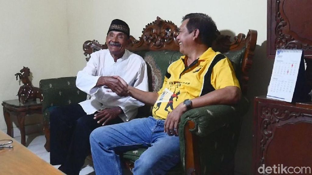 Sebelum ke Chile, Mbah Darmiyanto Peroleh Penghargaan dari KONI