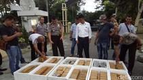Polisi Tangkap Kurir Narkoba, 240 Kg Ganja Disita