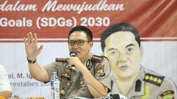 Kapolrestabes Surabaya saat mengisi seminar
