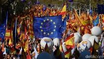 Demo Pro-Persatuan Spanyol Digelar Usai  Deklarasi Catalonia