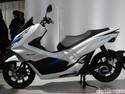 Honda Pastikan Akan Produksi PCX Hybrid dan Listrik Made In Indonesia