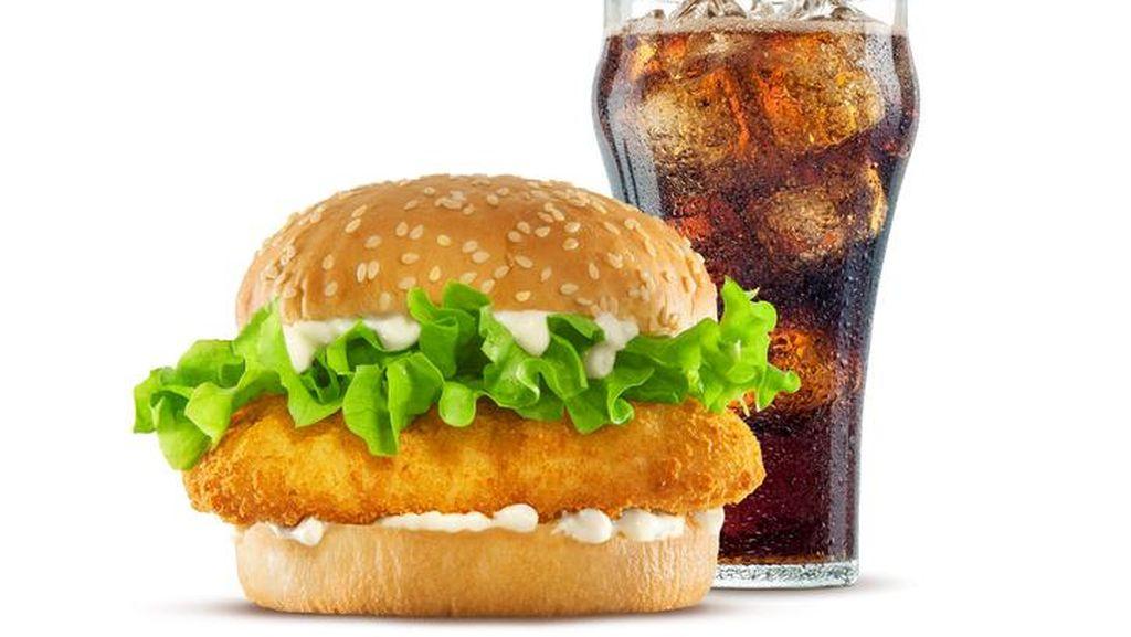 Waduh! Pria Ini Tertantang Makan 100 Sandwich McChicken dalam Waktu 24 Jam