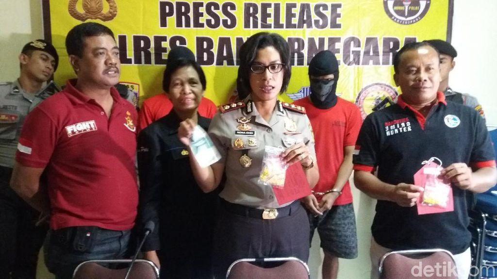Polisi Ciduk Pemuda Pengedar Pil Hexymer di Banjarnegara