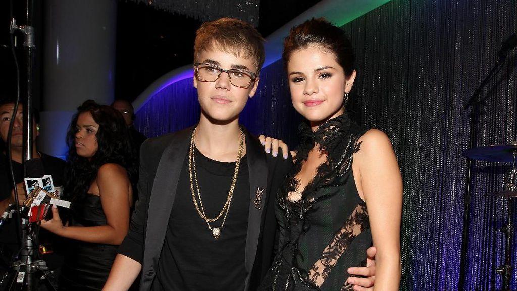 Alasan Selena Gomez Terima Cinta Justin Bieber Lagi