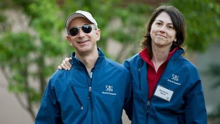 Jeff Bezos dan MacKenzie. Foto: istimewa