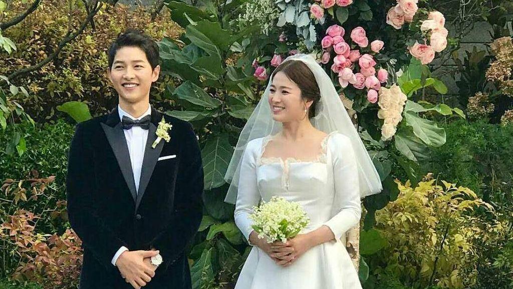 Christian Dior Ungkap Proses Pembuatan Gaun Pernikahan Song Hye Kyo