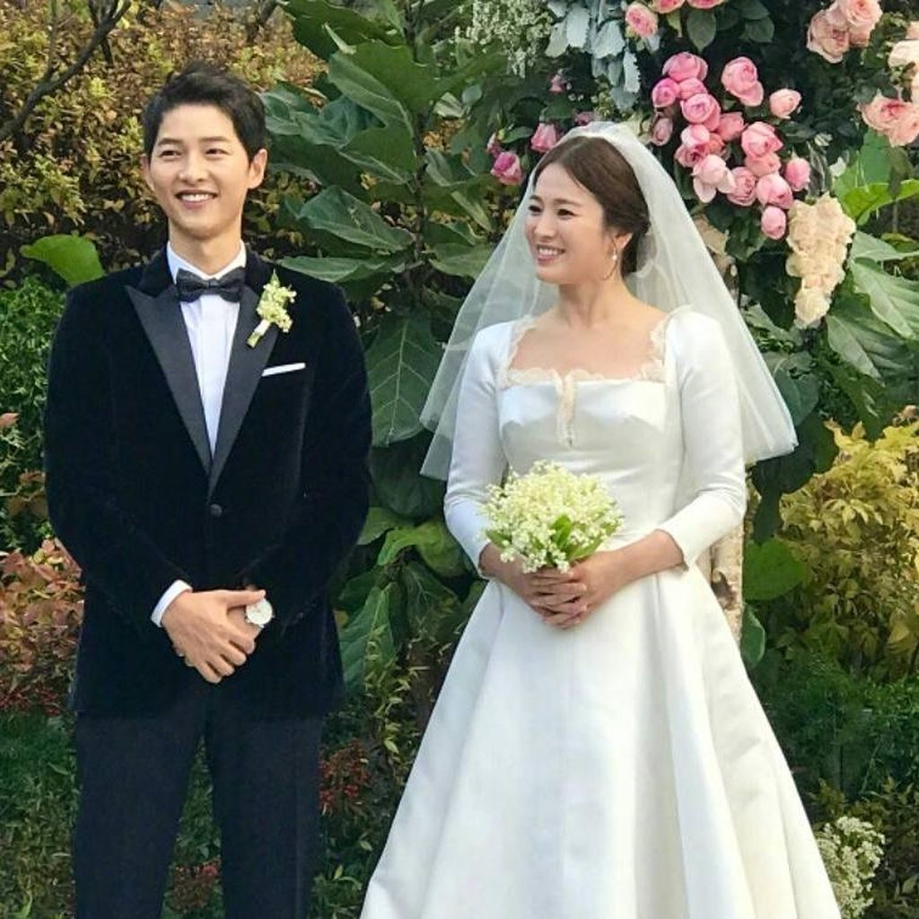 Dramatis! Foto Prewedding Song Joong Ki dan Song Hye Kyo