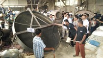 Polisi Ungkap Pabrik Pupuk Palsu Beromzet Ratusan Juta di Bekasi