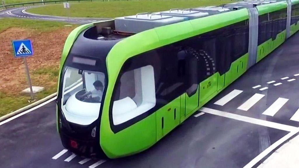 Kereta Ini Bergerak Tanpa Pakai Rel, Kok Bisa?