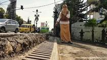 Penampakan Trotoar yang Ketinggiannya Dikeluhkan Warga Sukabumi