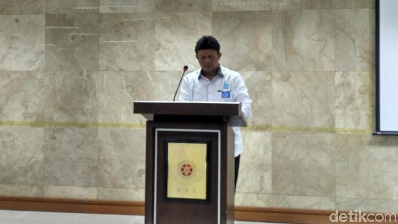 Dipolisikan Pengacara First Travel Diperiksa - Jakarta Pengacara First dilaporkan sejumlah jemaah korban penipuan ke Deski dilaporkan karena berjanji akan memberangkatkan sejumlah ini disampaikan