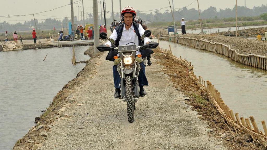 Padat Karya Cash Jokowi Dinilai akan Efektif Dongkrak Daya Beli