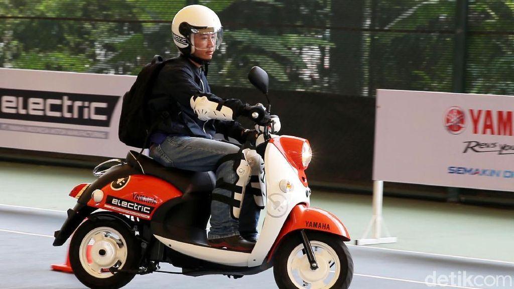 Ini Alasan Yamaha Kenalkan Motor Listrik Berbentuk Skutik