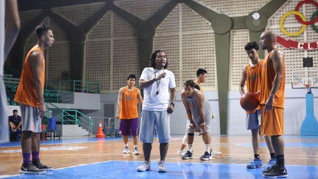 Koko Heru Setyo Nugroho, pelatih CLS Knights Indonesia