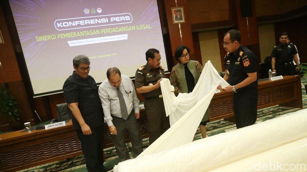 Sri Mulyani Bongkar Praktik Ilegal yang Rugikan Negara