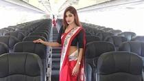 Viral Foto Pramugari AirAsia Pakai Saree, Netizen Sarankan Seragam Tradisional