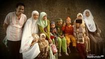 Tips Pasangan dengan 10 Anak Mengatur Keuangan Keluarga