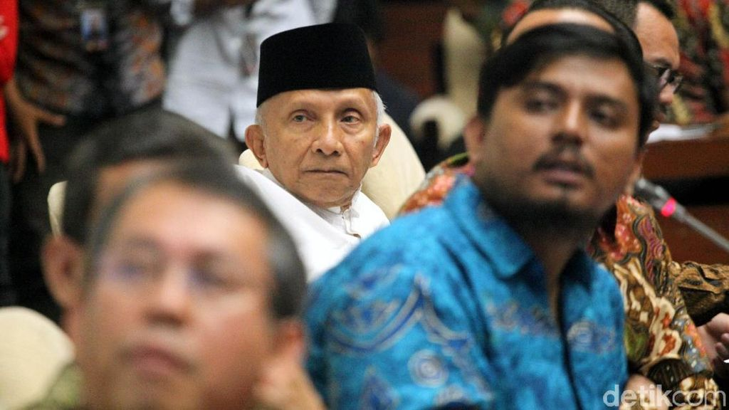 Amien Rais dan Peluru-peluru Tajam yang Dilepaskan ke Jokowi