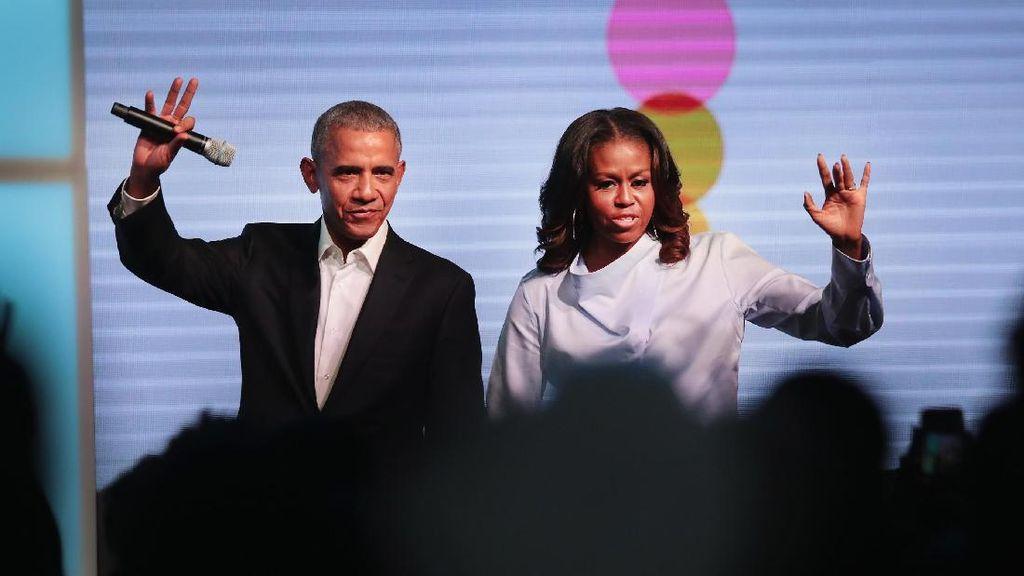 Obama dan Michelle Akan Garap Program Acara Khusus