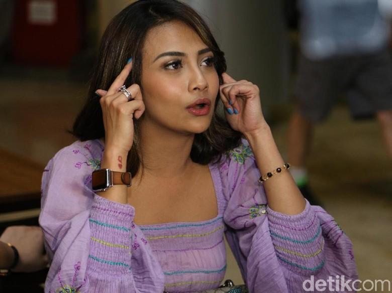 Dear Didi Soekarno, Vanessa Minta Surat Berharga Miliknya Dikembalikan!
