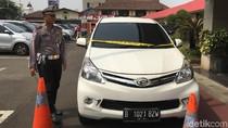 Penampakan Mobil Penerobos Hadangan 10 Polisi di Tangerang