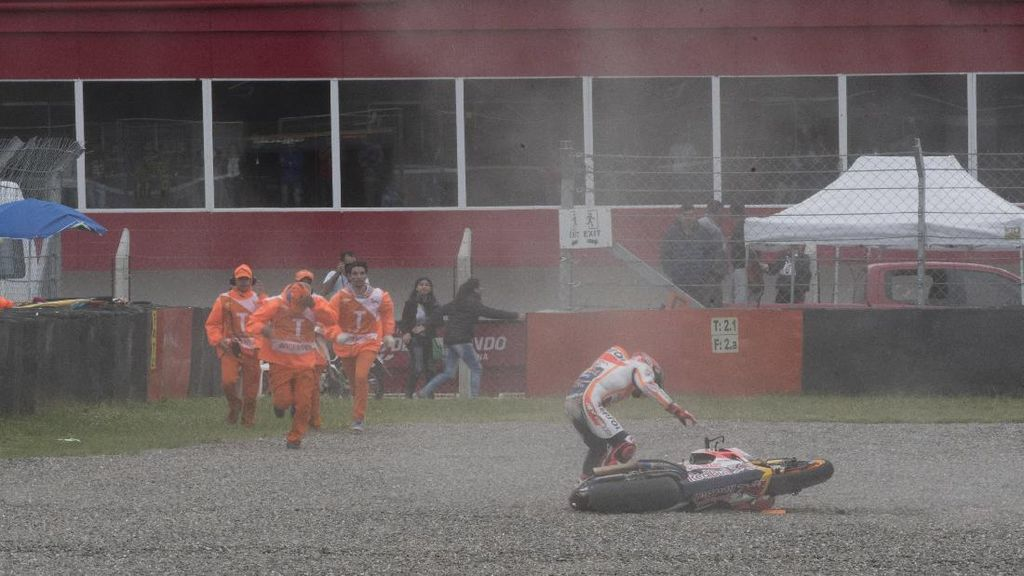 Tentang Seringnya Marquez Mengalami Crash