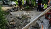 Tuntut Perbaikan, Warga Aksi Blokir Jalan di Kabupaten Magelang