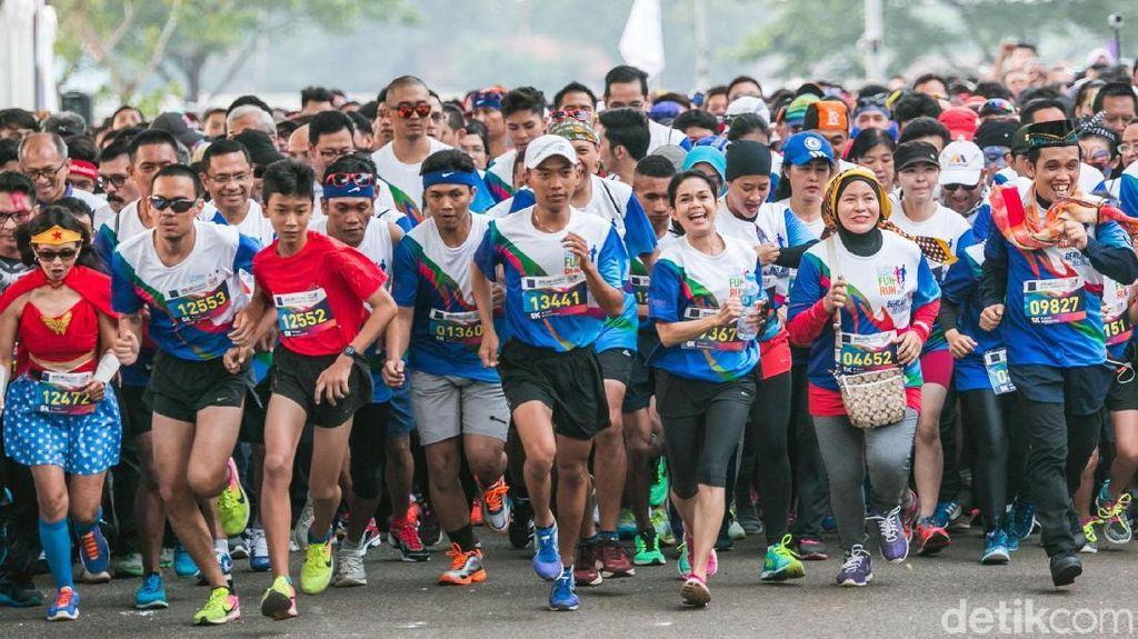 Usia Hampir 58, Ibu Ini Targetkan Lari 5.000 Km dalam Setahun