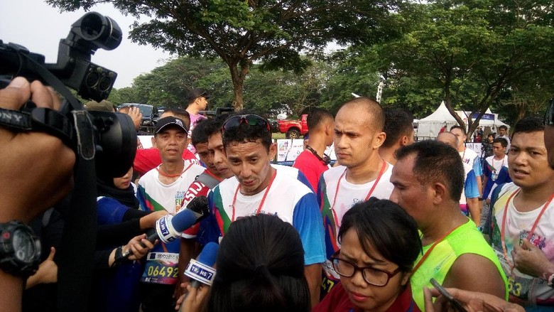 Ikut CT ARSA FOUNDATION Charity Fun Run, Sandiaga Uno: Seru Banget!