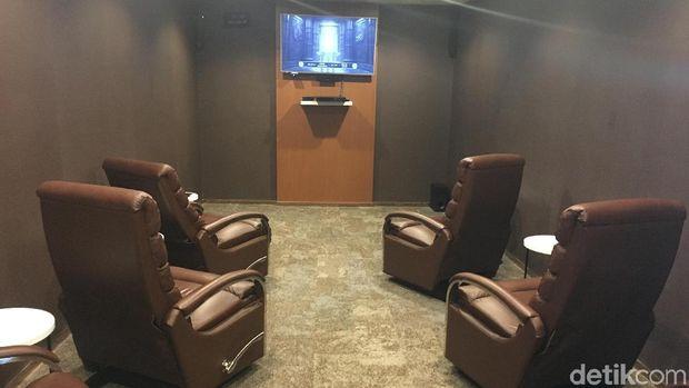 Mini teater di lounge (Erna/detikTravel)