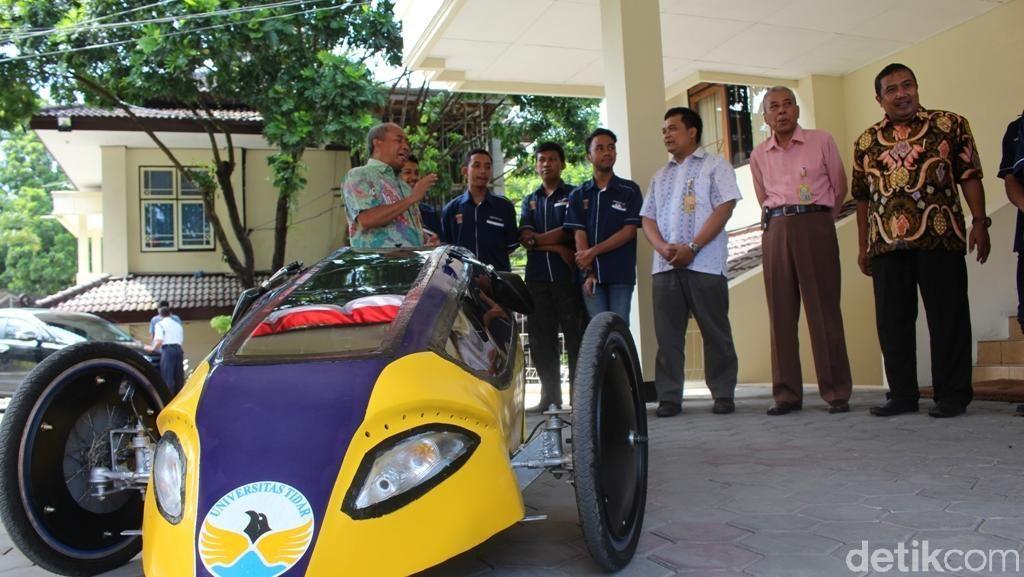 Mahasiswa Magelang Ciptakan Prototipe Mobil Hemat Energi