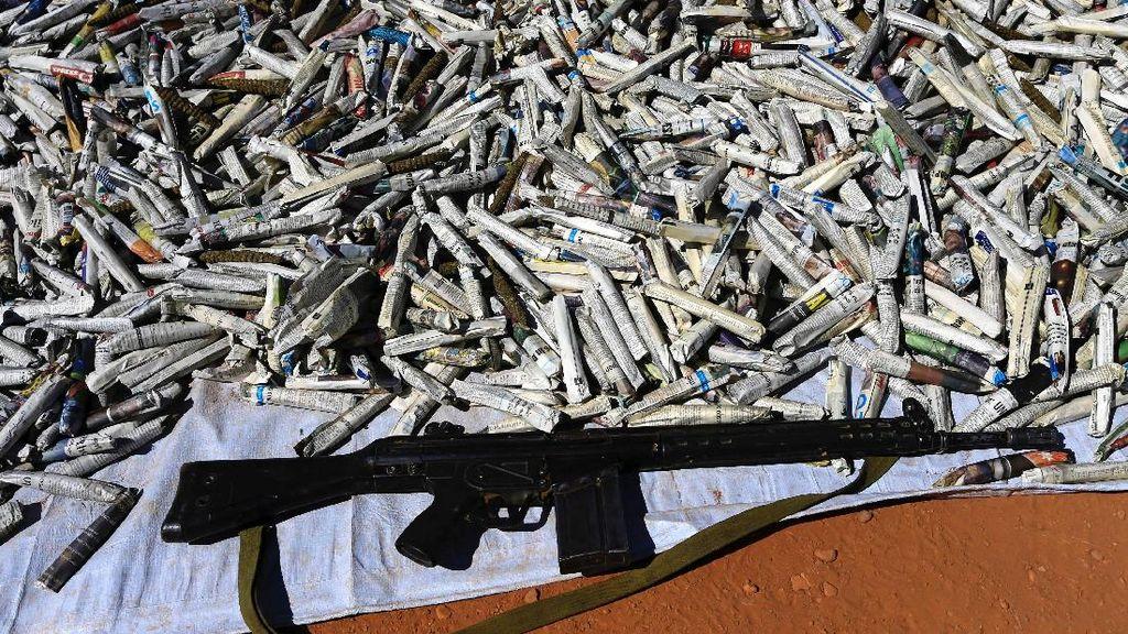 Foto 19 Ton Lintingan Ganja yang Diungkap Saat Penyergapan di Darfur